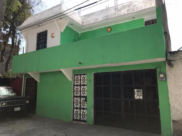 VENTA de CASAS en IZTAPALAPA